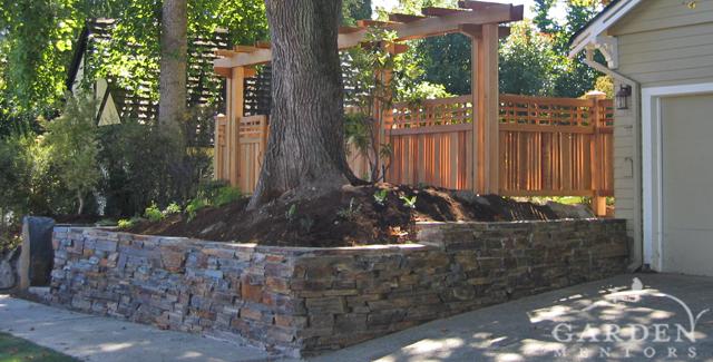 HGTV garden show: View of curb garden after